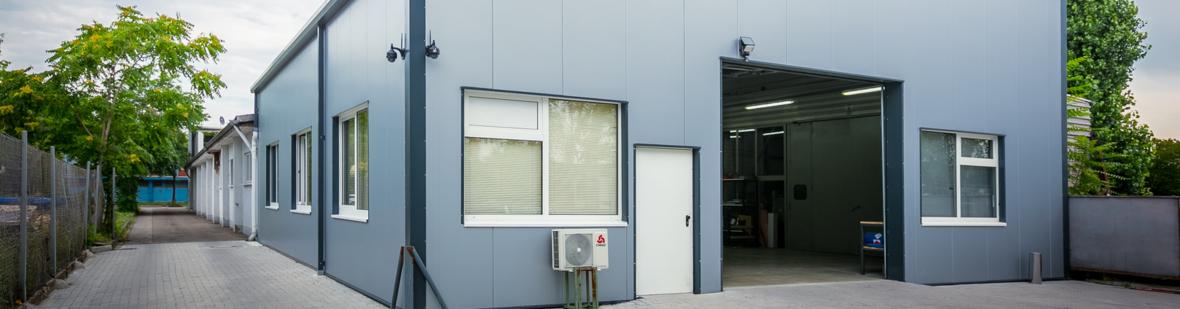 Autolackiererei und Unfallinstandsetzung in Karlsruhe - Lackcenter Karlsruhe
